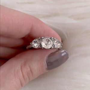NWOT Silver ring with faux diamonds
